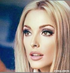 Sharon Tate Classic Actresses, Female Actresses, Vintage Makeup, Vintage Beauty, Classic Beauty, Timeless Beauty, Iconic Beauty, 1960s Hair, Glamour Photo
