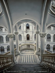 bluepueblo: Stairs, Royal Castle, Warsaw, Poland photo via 500