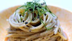 Avete mai assaggiato spaghetti cucinati cosi??? #topsouschef2015 #ifoodit #inalpi #festadellarete #sarannofamosi  (scheduled via http://www.tailwindapp.com?utm_source=pinterest&utm_medium=twpin&utm_content=post6138704&utm_campaign=scheduler_attribution)