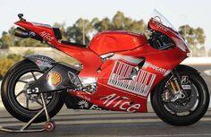 casey stoner 2009   MO Ducati Desmosedici GP9 MotoGP 2009, Casey Stoner #27.