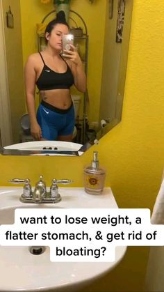 Get Rid Of Bloated Stomach, Getting Rid Of Bloating, Flatter Stomach, Weight Loss Drinks, Weight Loss Tips, Detox, Summer Body Workouts, Slim Waist Workout, Lose 20 Pounds