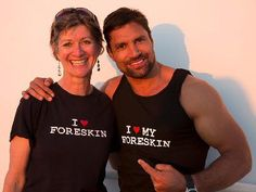 Manu Bennett (Crixus in Spartacus, Azog in The Hobbit) with Jennifer Campagnolo of the Canadian Foreskin Awareness Project (CAN-FAP)