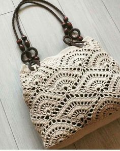 Marvelous Crochet A Shell Stitch Purse Bag Ideas. Wonderful Crochet A Shell Stitch Purse Bag Ideas. Crochet Shell Stitch, Crochet Tote, Crochet Handbags, Crochet Purses, Crochet Stitches, Free Crochet, Crochet Patterns, Tunisian Crochet, Crochet Doily Rug