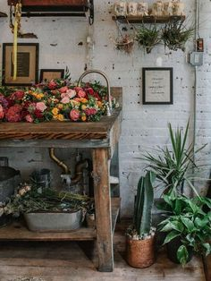Pop Up, Greenhouse Interiors, Workshop Studio, Interior Work, Flower Farm, Stores, Store Design, Fresh Flowers, Outdoor Spaces