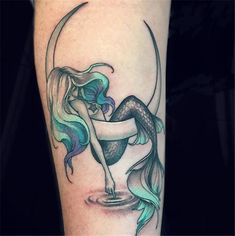 50 Beautiful Mermaid Tattoo Ideas You Need To Try – Page 35 of 50 – Chic Hostess - diy tattoo images - Tatoo Ideen Diy Tattoo, Tattoo You, Tattoo Quotes, Body Art Tattoos, New Tattoos, Mini Tattoos, Tatoos, Small Tattoos, Ocean Tattoos