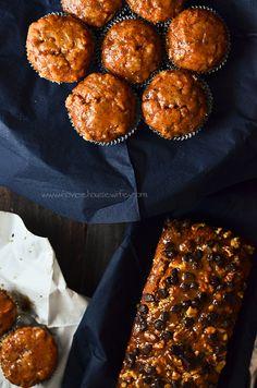 Vegan Pumpkin Bread and muffins - The Novice Housewife Vegan Pumpkin Bread, Pumpkin Spice Syrup, Vegan Bread, Vegan Sweets, Vegan Desserts, Delicious Desserts, Fall Recipes, Vegan Recipes, Bread Recipes