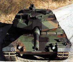 Leopard Tank Military Armor, Military Guns, Military History, Military Vehicles, Military Aircraft, George Patton, Patton Tank, World Tanks, Arsenal