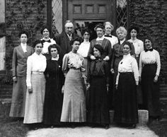 """Pickering's Harem"", ""The Harvard Computers"" - these women mapped the universe and got zero credit. SHOW SOME RESPECT"