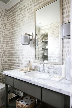 108 best wallpapered bathrooms images in 2019 home decor rh pinterest com