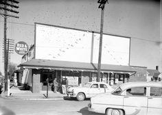 GodwinsMarket_Exterior_GrandOpening_c1956