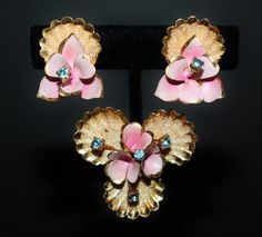 OOAK Vintage Light Pink Beaded 3 Piece Set bridal set NecklaceBraceletEarrings repurposed vintage adjustable set gold tone metal