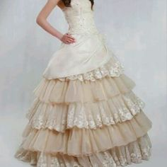 My dream wedding dress..... I will do whatever I can to get a dress like this.... perfect for my country wedding