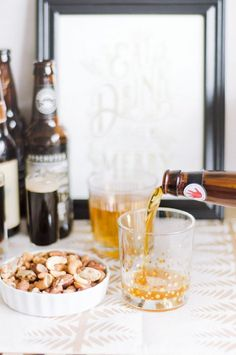 What beers pair best with what foods || #beer #entertaining #theeverygirl