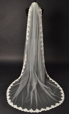 Wedding Dress Accessories - Veil White Cathedral $199 CAD - New With Tags/ Unaltered