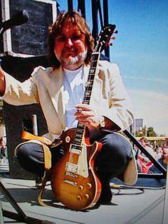 Ed King Guitar Guy, Guitar Players, Great Bands, Cool Bands, Ed King, Lynard Skynard, Ronnie Van Zant, Ripped Men, Lifelong Friends
