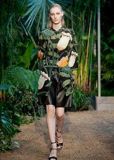Tendance mode printemps-été 2014: vision globale (Hermès) Photo Imaxtree   Elle Québec
