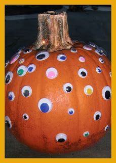 Halloween pumpkins - no carving required. Lots of fun ideas that even little kids can do on their own.