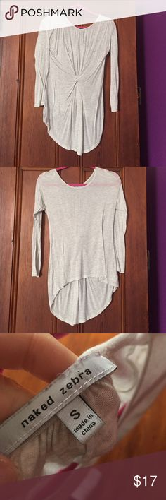Super cute high low top Great with leggings, worn twice, heather gray Naked Zebra Tops Tees - Long Sleeve