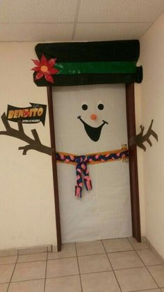 The 10 Best Creative Holiday DIY Decor. Touch the imagen for see more. Christmas Classroom Door, Office Christmas, Christmas Room, Christmas Gifts For Kids, Christmas Activities, Simple Christmas, Holiday Crafts, School Door Decorations, Paper Christmas Decorations
