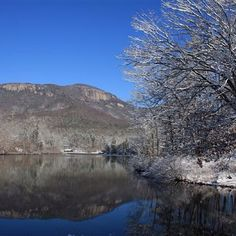 #TableRock State Park looks beautiful even when it's chilly outside! #scstateparks #snow #winter
