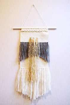 Woven wall hanging, wall weaving, handwoven wall hanging, hanging wall decor, weaving wall hanging