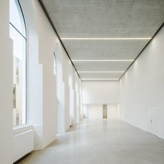 Image 10 of 19 from gallery of Extension of the Lycée Français and Renovation of the Studio Molière / Dietmar Feichtinger Architectes. Photograph by Hertha Hurnaus Norman Foster, Space Interiors, Office Interiors, School Architecture, Interior Architecture, Studio, Parvis, New Staircase, Ceiling Light Design