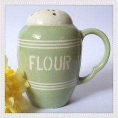 Bretby Mint Green Handled Flour Shaker