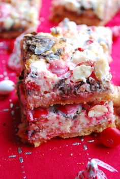 peppermint seven layer bars