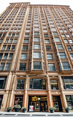 Fisher Building front, 343 S Dearborn St, The Loop, Chicago… Neoclassical Architecture, Historical Architecture, School Architecture, Amazing Architecture, Chicago Loop, Chicago Travel, Chicago Illinois, Chicago City, Las Vegas