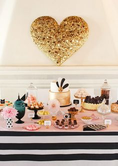 Heart of Gold: DIY gold sequin heart. This is so cute and very ideal for a bridal shower. Pink Dessert Tables, Pink Desserts, Wedding Desserts, Wedding Decorations, Gold Dessert, Dessert Buffet, Wedding Centerpieces, Black Dessert, Decor Wedding