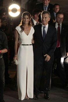 Juliana Awada Party Fashion, Love Fashion, Fashion Outfits, Civil Wedding Dresses, Looks Chic, Couture Fashion, Marie, Celebrity Style, Party Dress