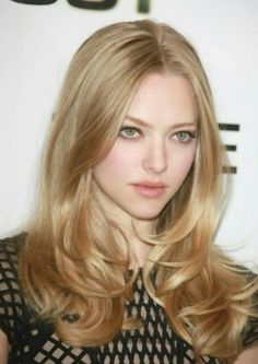 Amanda Seyfried- her hair is from the gods. It is healthy and beautiful!