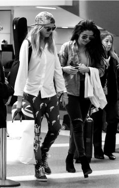 | Cara & Selena |