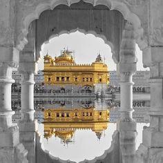 Golden Temple Wallpaper, Guru Nanak Ji, Harmandir Sahib, Golden Temple Amritsar, Sri Guru Granth Sahib, Guru Gobind Singh, Religious Photos, Ganesh Wallpaper, Overlays Tumblr