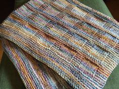 Sunny baby blanket Knitting, Crochet, Baby Blankets, Cushions, Bed Covers, Crochet Hooks, Tricot, Throw Pillows, Breien