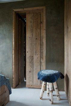 Betonlook slaapkamer leem slaapkamer met betonlook muur - Betonlook wand ...
