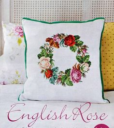 English Rose1 - use piping to pick up one of the colours