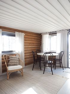 Outdoor Chairs, Outdoor Furniture, Outdoor Decor, Garden Cabins, Cottage Design, Sweet Home, Patio, Finland Country, House