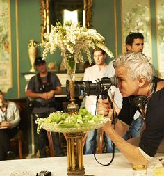 Baz Luhrmann on the set of The Great Gatsby (2013)