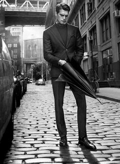 Sean Harju photographed in NYC by Hunter & Gatti for Massimo Dutti Fall Winter 2012 2013 Campaign Models Men, Male Models Poses, Dapper Gentleman, Gentleman Style, Man Photography, Fashion Photography, Gq, Rafael Miller, Massimo Dutti Hombre