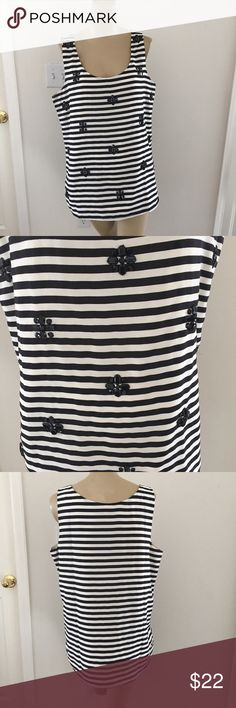 💙 banana republic black white striped blouse Never even wore it! Has beautiful gem stones sewn on. Black and white striped.   This is a special item!   Our closet is built on quality and quantity!   We want you to get the most bang for your buck!   Add💚💚💚 three $10 items to a bundle for only $22!  Add 💙💙 two $22 items to a bundle for only $32!  Add 💙 one $22 and 💚 one $10 item to a bundle for only $26! Banana Republic Tops Tank Tops