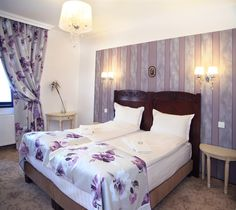 Bratescu Mansion Sparkling Diamond or room number will introduce you to an eclectic atmosphere with floral motifs and lamps adorned with crystal elements. Floral Motif, Floral Prints, Brasov Romania, Sparkling Diamond, Luxury Rooms, Bed Covers, Sparkle, Crystal, Boutique