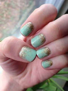 mint_and_gold_wedding nail ideas