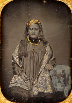 Lucy Muolo Moehonua, wife of an adviser to the Kamehameha court. Hawaiian People, Hawaiian Woman, Hawaii Life, Aloha Hawaii, Hawaiian Hats, Hawaiian Monarchy, Warrior Queen, Hawaiian Islands, Big Island