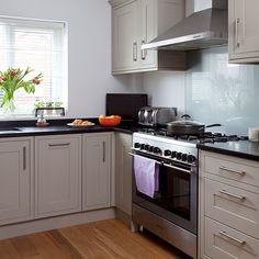 Grey Shaker-style kitchen - splashback and counter Grey Shaker Kitchen, Shaker Style Kitchens, White Kitchens, Dream Kitchens, Ikea Kitchen, Kitchen Decor, Kitchen Cabinets, Kitchen Ideas, Kitchen Designs