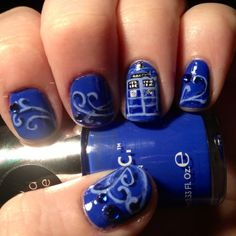 Doctor Who Blue nails !