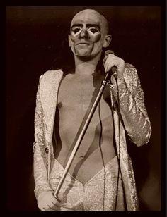 Pete, Genesis, 1974