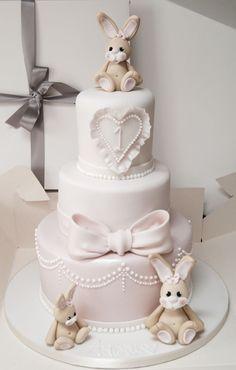Beautiful baby bunny cake by Hall of Cakes - cake - baby kuchen - first birthday cake-Erster Geburtstagskuchen Baby Girl Cakes, Baby Birthday Cakes, 1st Birthday Cake For Girls, Birthday Ideas, Luxury Wedding Cake, Wedding Cakes, Christening Cake Girls, Rabbit Cake, Cake Name