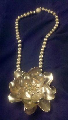 Una joya hecha a mano,ideal para mamá!