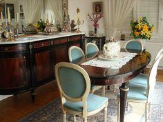Elegant Salle à Manger Style Louis XVI Acajou
